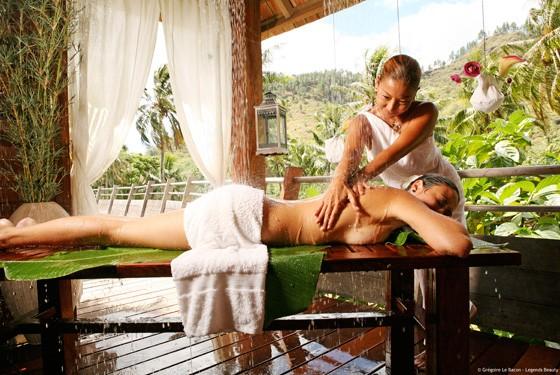 Традиционный массаж на Бора-Бора
