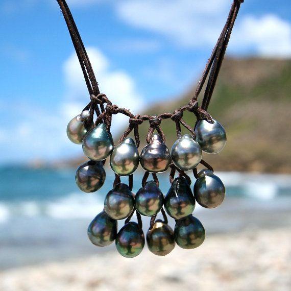 Ожерелье из черного жемчуга
