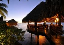 Гастрономический ресторан Le Lotus в отеле Inter Continental на Таити.